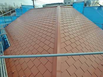 屋根は明るいオレンジ系。美しく仕上がりました。