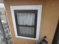 【ビフォー】窓枠装飾