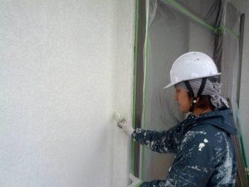 【外壁塗装】下塗り(フィーラー)
