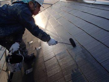 【屋根塗装】中塗り(遮熱塗料:クールタイト)