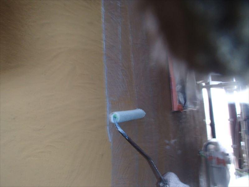 下塗りは下地を作るために塗っています。