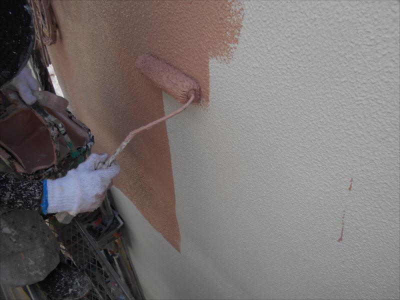 下地が完成したので、中塗りスタート。