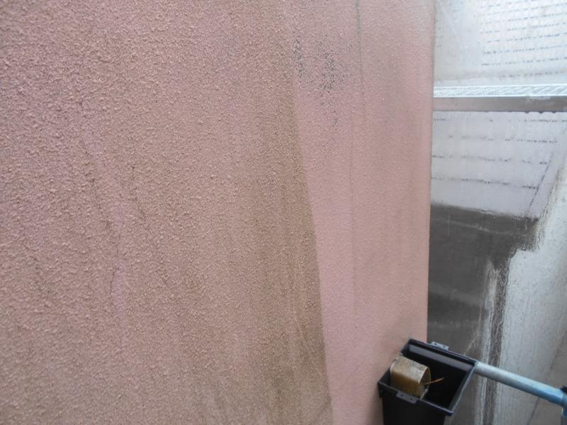 壁も汚れがどんどん落ちていきます。