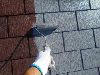 天気が良かったので下塗りがよく乾き、午後には中塗りがスタートしました。