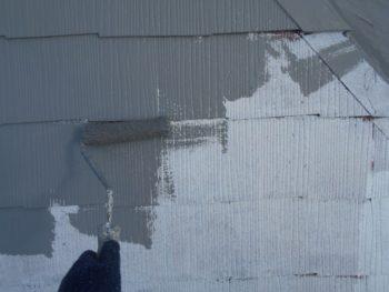 塗料の乾きが早かったので、今回は中塗りも行いました。