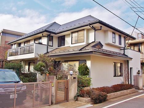 45坪木造2階建て二世帯住宅の外壁塗装の費用の相場は984,000円