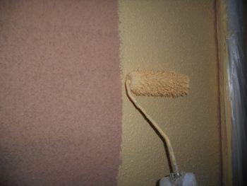 下塗りからの中塗り中です。