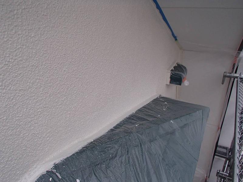 上塗りが仕上がると外壁の塗装も完成です。