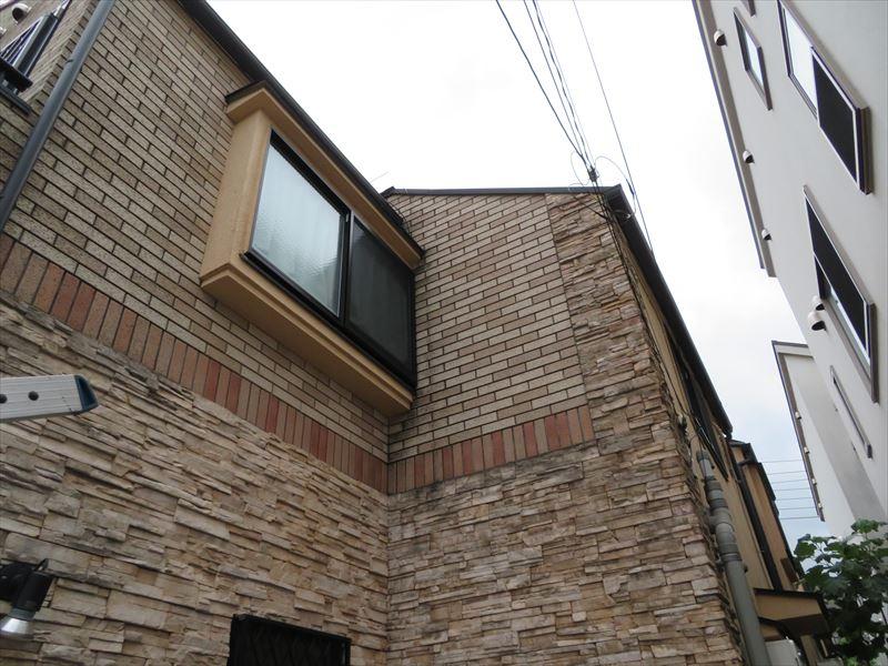 今回は塗装しないタイル部分が多いので、世田谷区の補助金の『外壁部分』が対象外となりました。