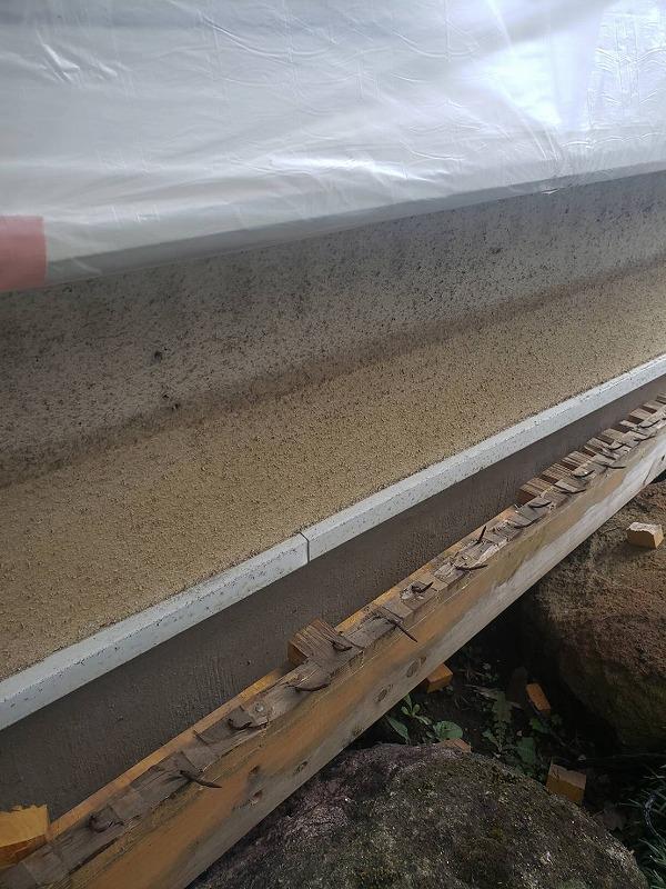 縁側の土台も綺麗に取り除きました。この後、塗装をするので痕も目立たなくなります。