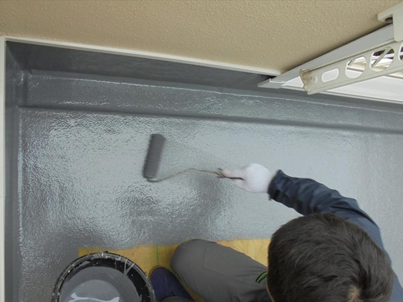 最後に防水の塗料を塗って完成です。