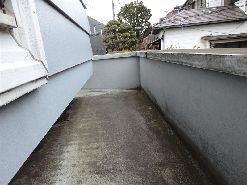 1階より2階が少し狭いため、2階部分に防水が施されたスペースがありました。