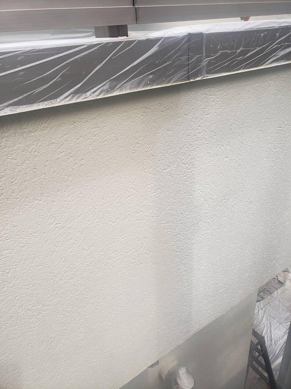 こちらはベランダの内壁部分の上塗りです。