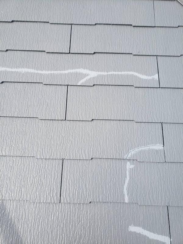 コーキング処理してから上塗りを開始します。