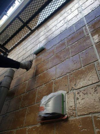 外壁塗装 小金井市T様邸 外壁上塗り中 2020102627191