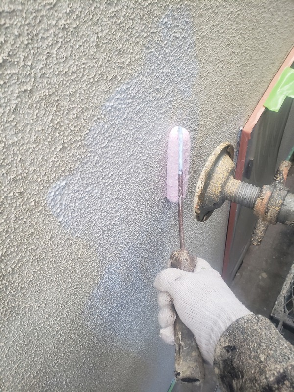 外壁塗装 世田谷区S様邸 外壁下塗り中 2020111627670