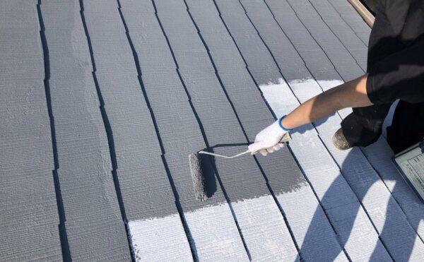 外壁塗装 世田谷区Y様邸 大屋根中塗り中20210407S__20570122