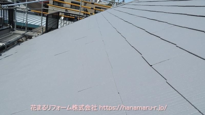 エスケー化研クールタイトSiのCLR-106グレー色で塗装したコロニアル屋根