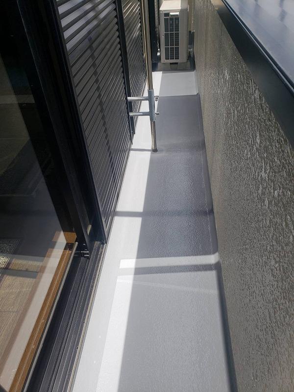 外壁塗装 調布市H様邸 ベランダ床 防水塗装完了 2021050630515