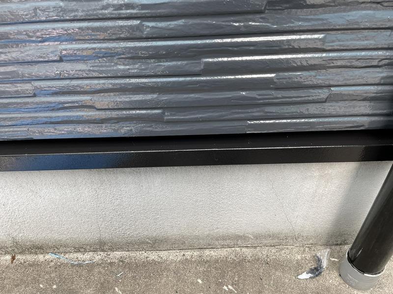 水切りも塗装終了です。(日本ペイント ファインウレタンU100 3分艶有 ブラック)
