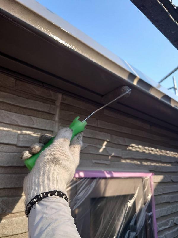 外壁塗装 杉並区U様邸 軒裏塗装中2021060910738
