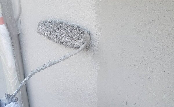 外壁塗装 杉並区H様邸 外壁上塗り中2021100632484